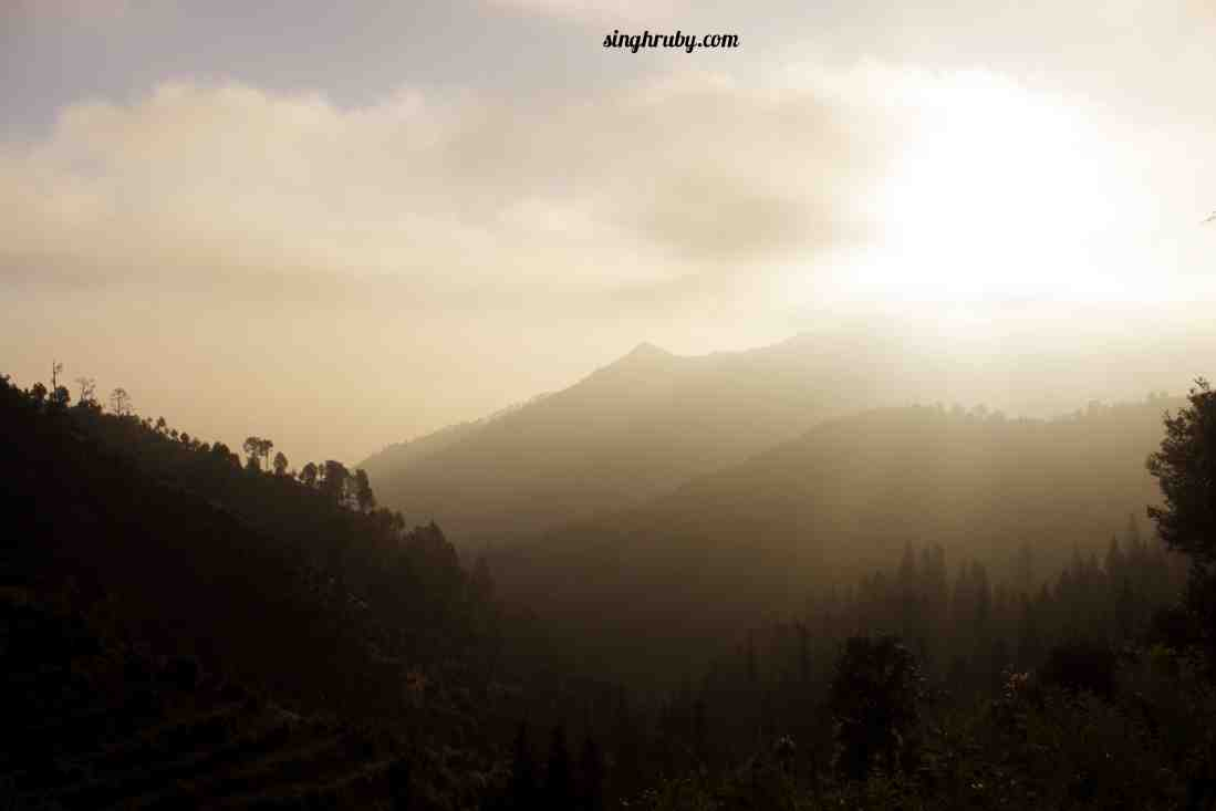 sunrise-at-dhanaulti
